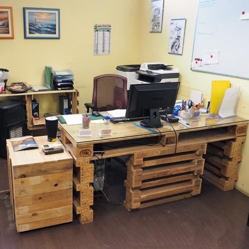 Arredamento in pallet for Arredamento office