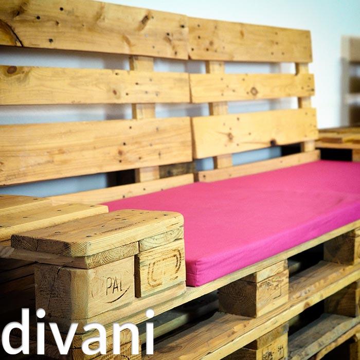 Arredamento in pallet mobili con bancali riciclati for Arredamento pallets