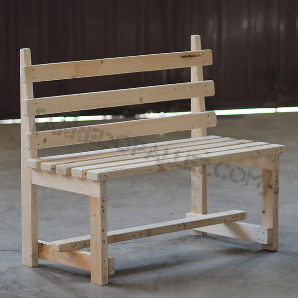 Minga panchina pallet legno di recupero vendita online for Panchine con bancali