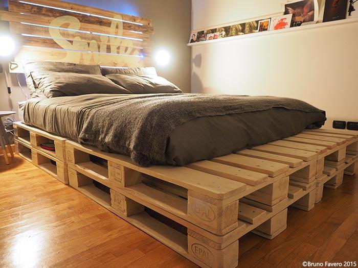 Camere da letto in pallet riciclo for Arredamento letto