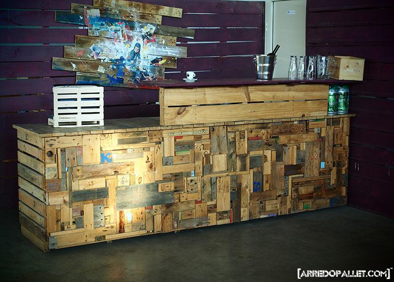 Modulo bar mosaic arredopallet for Economici rivestimenti in legno