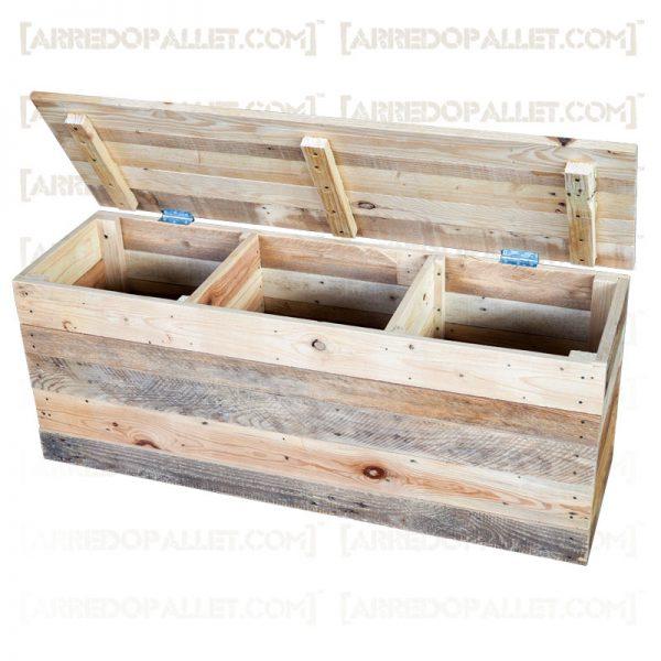 portarifiuti in legno